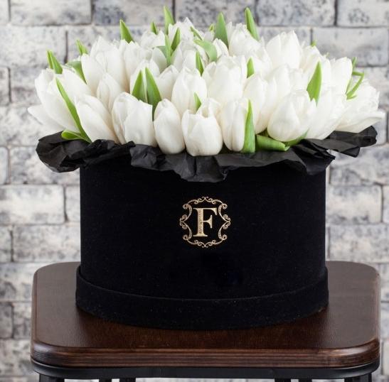 101 тюльпан бархатная шляпная коробка