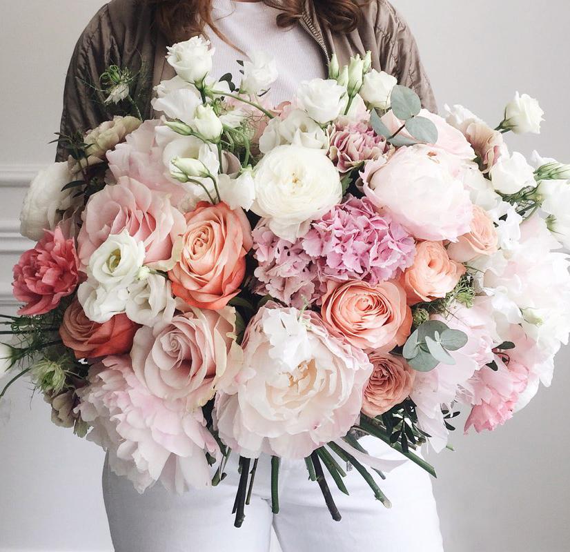 Букеты от флориста, цветы
