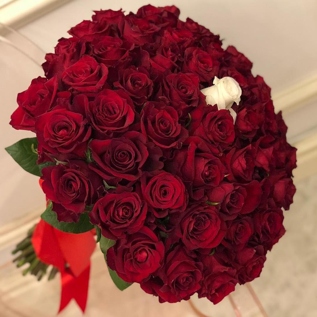 Букет роз единственная