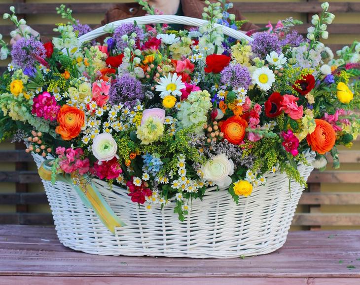 https://flowersdelux.com.ua/wp-content/uploads/2019/06/1-51.jpg